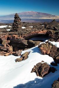 Mauna Loa Here and Mauna Kea There