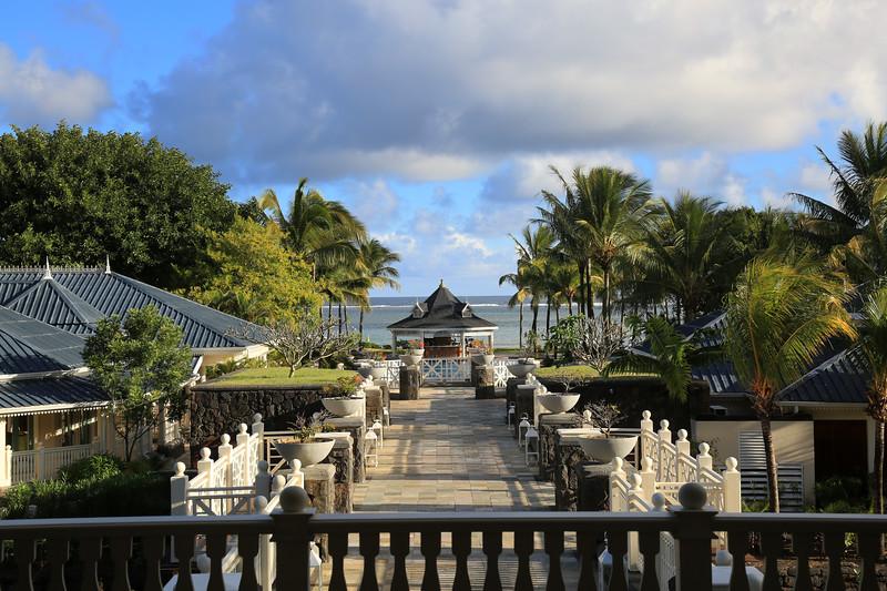 HeritageTelfair_ResortWalkway_3574