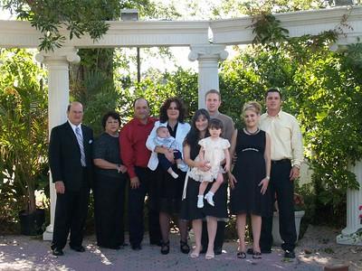 Gabe Sr, Betty, Gabe, Cindy holding Jonah, Alaina holding Nicolette, Dustin, Harmony holding Jade (Ha), Kevin