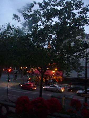 apartment/neighborhood