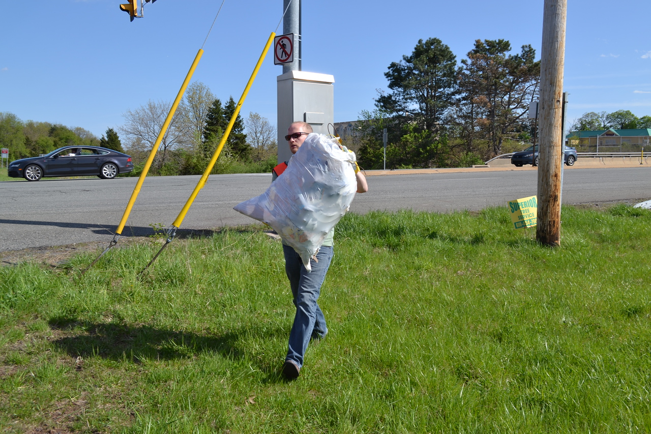 May 2014: Spring Adopt-a-Highway Clean-up Event