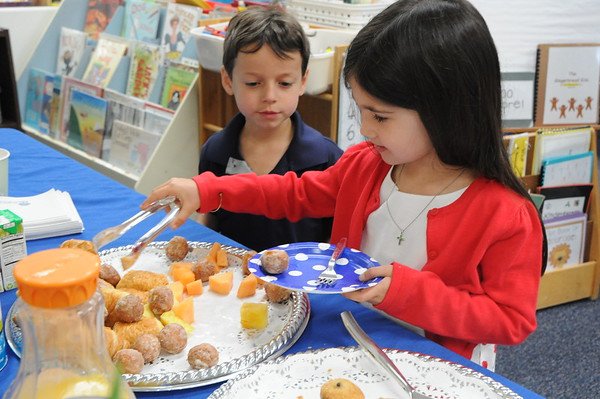 Kindergartners Host a Breakfast with the Authors