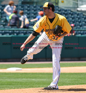 051617  Wesley Bunnell | Staff  The New Britain Bees vs the Bridgeport Bluefish in the 2nd game of a double header played early afternoon on Tuesday. Jonathan Pettibone (32).