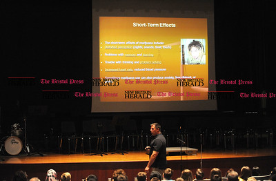5/23/2017 Mike Orazzi | Staff 5/23/2017 Mike Orazzi | Staff Bristol Police Detective Mike Brasche gives a presentation to Chippens Hill Middle School students about illegal drug use Tuesday.