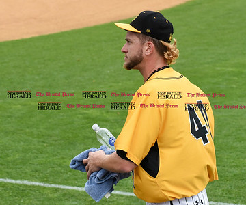 052617  Wesley Bunnell | Staff  The New Britain Bees were defeated by the Southern Maryland Blue Crabs 3-1 on Friday evening. Mike Lee (40) walks in from the bullpen.