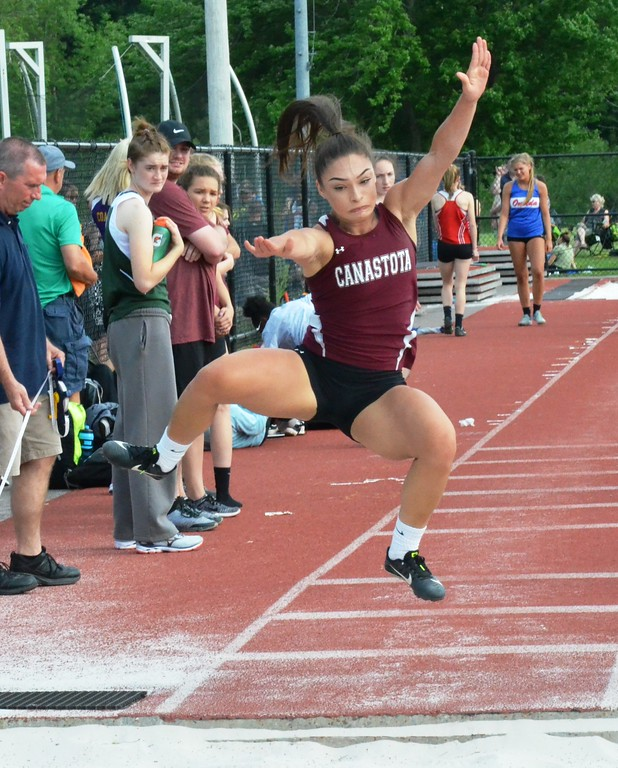 . Canastota junior Devin Lee Robinson competes at the New York State Track and Field Qualifiers at Cicero-North Syracuse on Thursday, May 31.