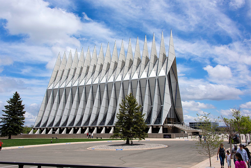This aluminum, glass and steel structure features 17 spires that shoot 150 feet into the sky. It is considered among the most beautiful examples of modern American academic architecture.