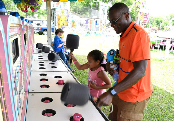 5/26/2018 Mike Orazzi | Staff Jimmy Smith and his daughter Kaylie,7, while at the United Way carnival held on Memorial Blvd. in Bristol Saturday.