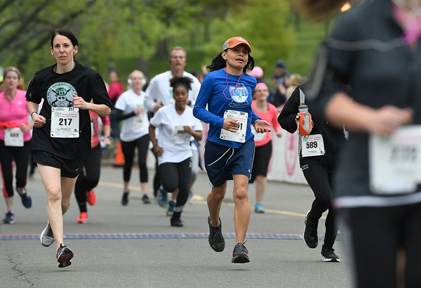 5/12/2018 Mike Orazzi | Staff The 5k race at the CT Race in The Park Saturday morning in New Britain's Walnut HIll Park.