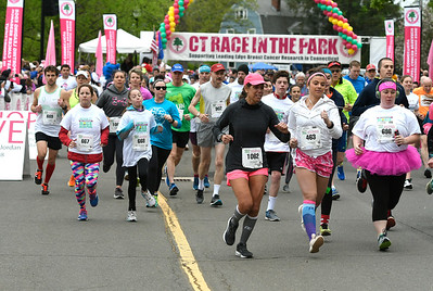 5/12/2018 Mike Orazzi | Staff The 5k race during the CT Race in The Park Saturday morning in New Britain's Walnut HIll Park.
