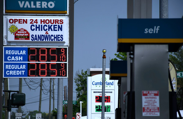 5/15/2018 Mike Orazzi | Staff Gas prices in Bristol.