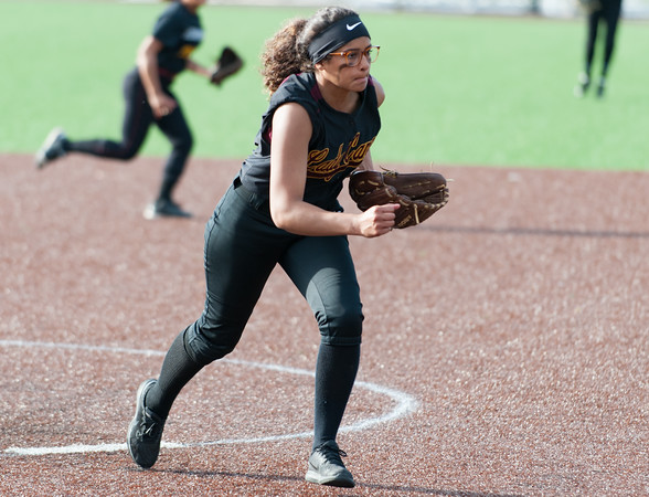05/17/18 Wesley Bunnell   Staff New Britain softball defeated Wethersfield on Thursday afternoon at Chesley Park. Joseleen Rivera (6) fields her position on a bunt.