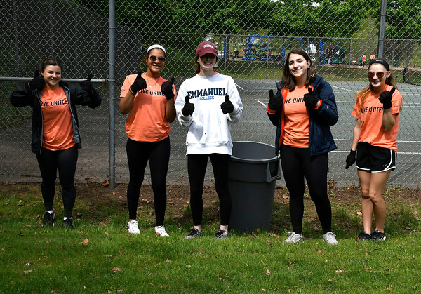 5/18/2018 Mike Orazzi | Staff United Way of Day Caring volunteers Katie Rouskas, Kristine Gutierrez, Kathleen Keegan, Aubrey Surian and Bella Christiana while working in Lake Winfield in Plymouth Friday.