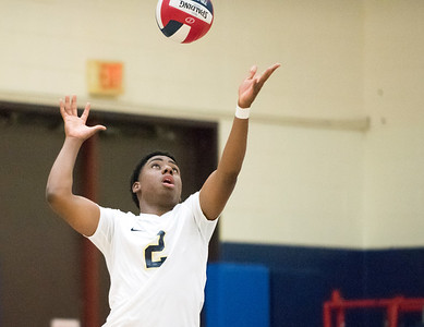 05/22/18  Wesley Bunnell   Staff  Newington volleyball in action in the CCC Quarterfinal Tuesday afternoon. Louis Egbuna (2).