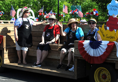 5/26/2018 Mike Orazzi   Staff The Kensington Garden Club during the Berlin Memorial Day Parade on Saturday along Farmington Avenue.