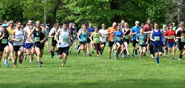 BRYAN EATON/Staff photo. Trav's Trail Run kicks off at Maudslay State Park in Newburyport.