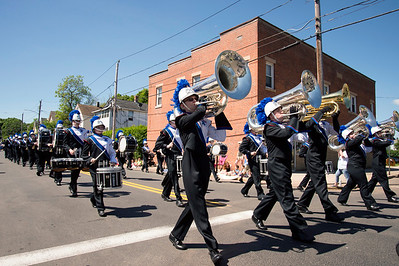 05/27/19  Wesley Bunnell | Staff  The Blue Knights Marching Band as they head down Center Court on Monday afternoon during Southington's Memorial Day Parade.