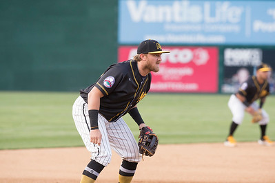05/24/19  Wesley Bunnell | Staff  New Britain Bees vs the High Point Rockers on Friday night at New Britain Stadium. Third baseman Taylor Motter (25).