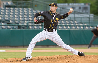 05/24/19  Wesley Bunnell | Staff  New Britain Bees vs the High Point Rockers on Friday night at New Britain Stadium. Starting pitcher Anthony Marzi (26).