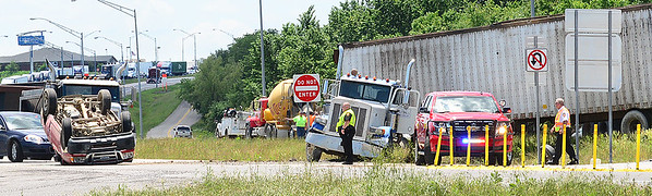 KEVIN HARVISON | Staff photo<br /> An auto accident occured Thursday around 1:15 p.m. at Peaceable Road in McAlester.