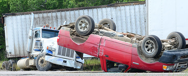 KEVIN HARVISON | Staff photo An auto accident occured Thursday around 1:15 p.m. at Peaceable Road in McAlester.