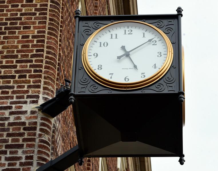 1200 Pearl Street Clock