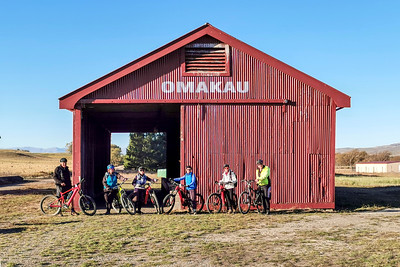 20210501 Graham , Anne, Catherine, Marion, Janet & George - Otago Rail Trail - Johns mob 217