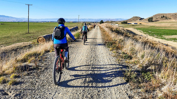 20210501 Marion - Otago Rail Trail - Johns mob 211