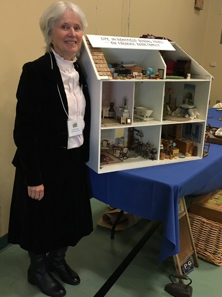 """Lorelei Evans with """"Turn of the Century"""" Doll House"""
