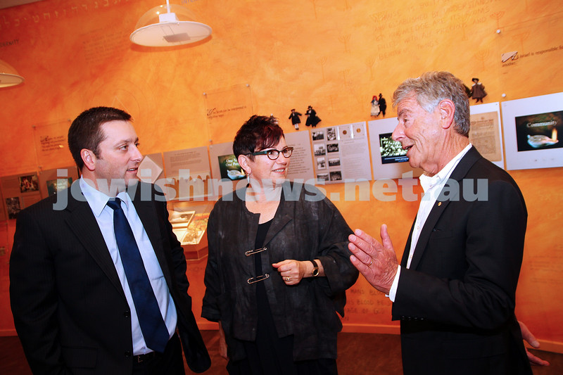 22-5-14. Jewish Museum of Australia. State Planning Minister Matthew Guy (left) talks with JMA out going presient Negba Weiss-Dolev and new president Barry Fradkin. photo Peter Haskin