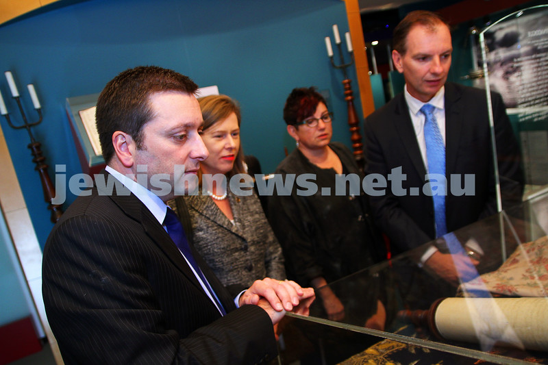 22-5-14. Jewish Museum of Australia. State Planning Minister Matthew Guy (left)  with Elizabeth Miller,  JMA out going presient Negba Weiss-Dolev and David Southwick. photo Peter Haskin