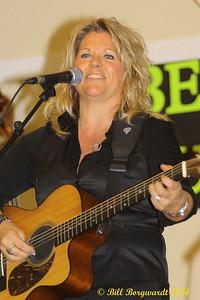 Shelly Dubois - Alberta's Men & Women of Country Music 2014