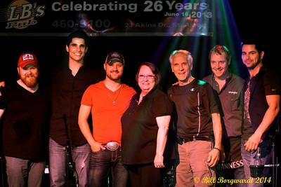 Matty McKay, Ben Bradley, Aaron Goodvin, Linda, Pat & Jade Beier - Fast Lane Reunion at LBs