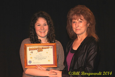 Sydney Mae, Youth Runner-Up, with Global Country CEO Maryanne Gibson - Star Search 2014