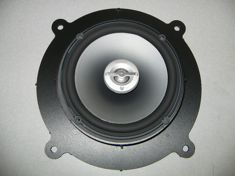 "Aftermarket speaker and    <a href=""http://www.car-speaker-adapters.com/items.php?id=SAK102""> Speaker adapter</a>   from Car-Speaker-Adapters.com"