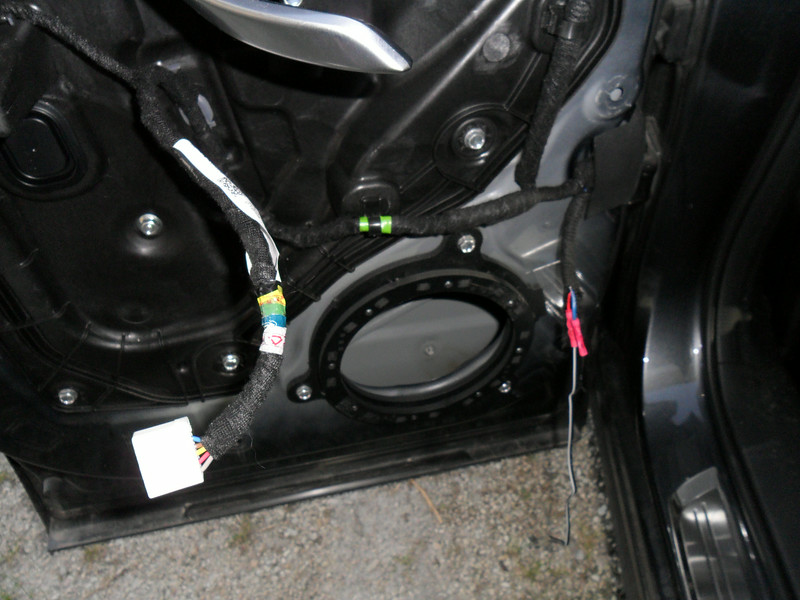 """I bolted the adapter   from  <a href=""""http://www.car-speaker-adapters.com/items.php?id=SAK112""""> Car-Speaker-Adapters.com</a>        to the door before I mounted the speaker, its a perfect fit."""