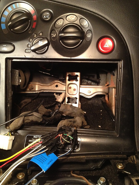 Dash cut for double din head unit