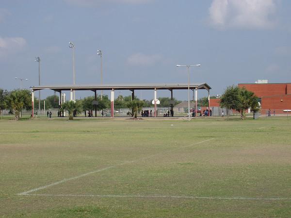 Los Encinos Park