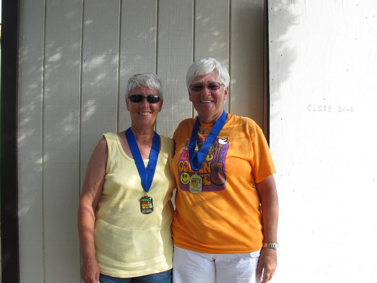 Shuffleboard Women's Doubles Expert 1st Place - Lynda King (Snow to Sun) & Noreen Coates (Pine to Palm)
