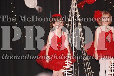McCance Dance Xmas Recital 12-20-06 017
