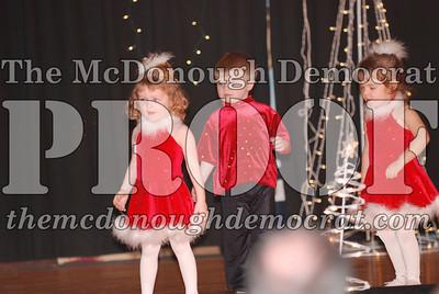 McCance Dance Xmas Recital 12-20-06 041