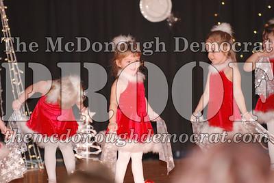 McCance Dance Xmas Recital 12-20-06 034