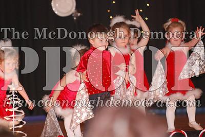 McCance Dance Xmas Recital 12-20-06 038