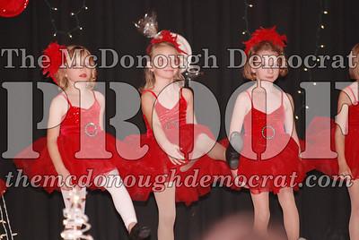 McCance Dance Xmas Recital 12-20-06 018