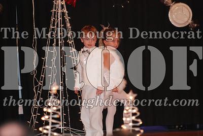 McCance Dance Xmas Recital 12-20-06 016