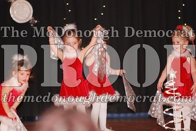 McCance Dance Xmas Recital 12-20-06 033
