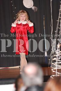McCance Dance Xmas Recital 12-20-06 029