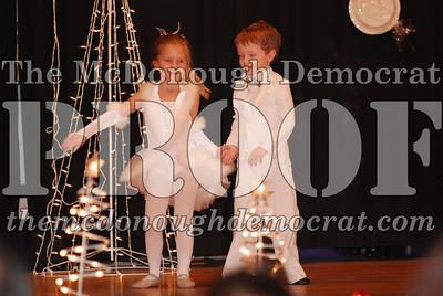 McCance Dance Xmas Recital 12-20-06 011