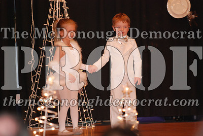 McCance Dance Xmas Recital 12-20-06 012