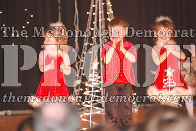 McCance Dance Xmas Recital 12-20-06 007